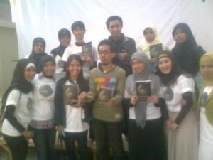 12 Perempuan Makassar Launching Buku Puisi