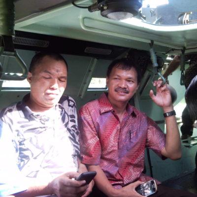 Ketua KPID Sulsel, Rusdin Tompo naik panser